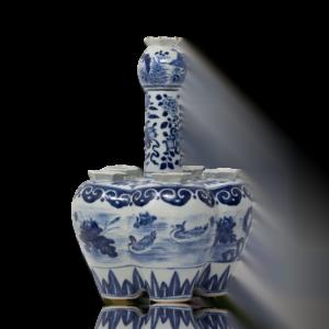 Chinese 19th Century Blue & White Tulip Bulb Vase